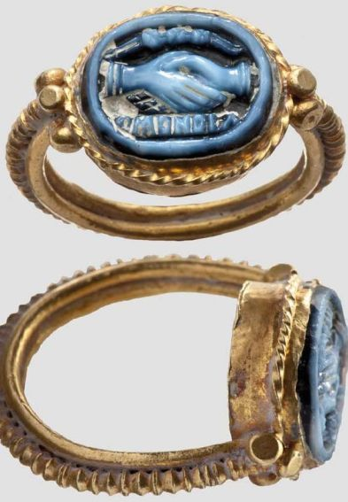 Intaglio ring inscribed with 'amandia' ('lovable'/'she who must be loved')