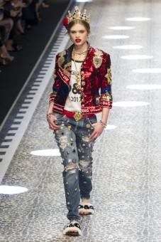 Dolce+Gabbana+Fall+2017+tOIeN3vBP3rl