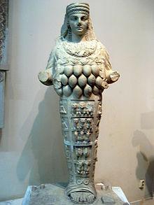 220px-Statue_of_Artemis_(5282695469)