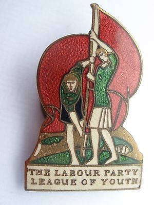 Vintage-Labour-Party-League-of-Youth-Enamel-Badge