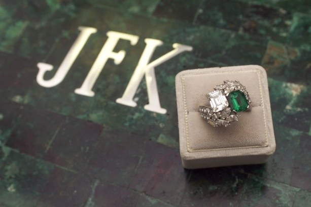 weddings-2014-05-2-jackie-kennedy-engagement-ring-pictures-0507-main